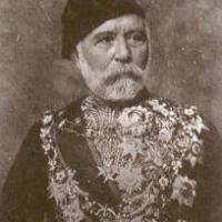 La tomba del General Sherif Pasha fatta trafugare a Catanzaro dal Re Faruk d'Egitto