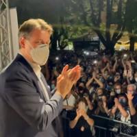 Fedez attacca Conte per le piazze piene nei comizi in Calabria. La replica: ripartire insieme